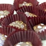 日本のバレンタインはどうしてチョコレートをプレゼントするようになったのか?