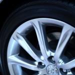 ノーマルタイヤ+チェーンとスタッドレスタイヤ 走行性能は?
